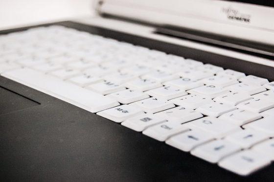 keyboard-428326_640